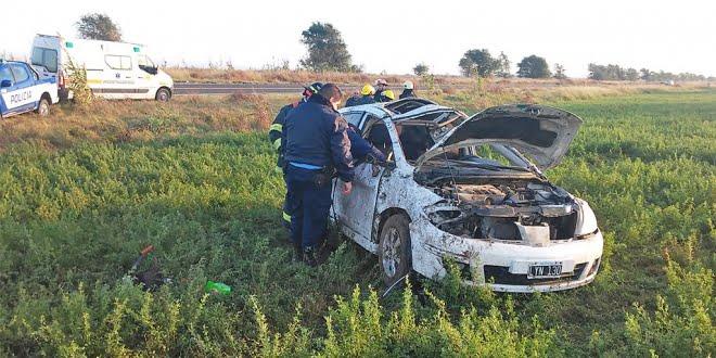 Dos víctimas fatales en un vuelco en la Ruta 35: hay una mujer herida