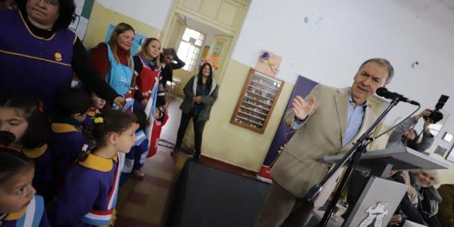 Schiaretti inauguró obras y premió a docentes en Huerta Grande