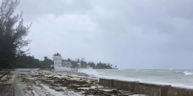 Dorian azotó Bahamas: cinco muertos y «numerosos cuerpos flotando»