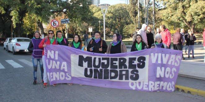 Mujeres unidas contra gremios machistas
