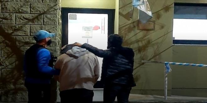 Arroyito: detuvieron al ladrón de la mochila y recuperaron los elementos robados