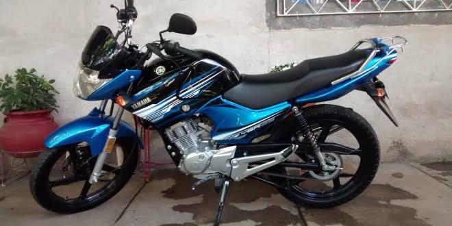 Una joven conducía una moto robada y fue detenida