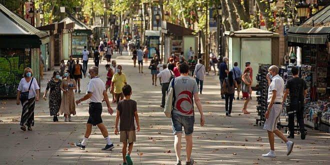 Cataluña al borde de volver a la cuarentena obligatoria