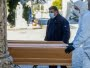 Familiares de muertos por coronavirus recibirán un subsidio de $15 mil