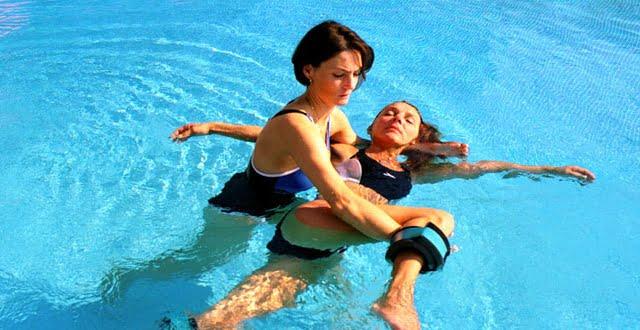 Kinesiólogo en tu casa: rehabilitación acuática