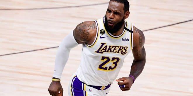 LeBron James renovará su contrato con Los Ángeles Lakers por dos años