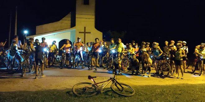 Ciclismo nocturno con gran participación