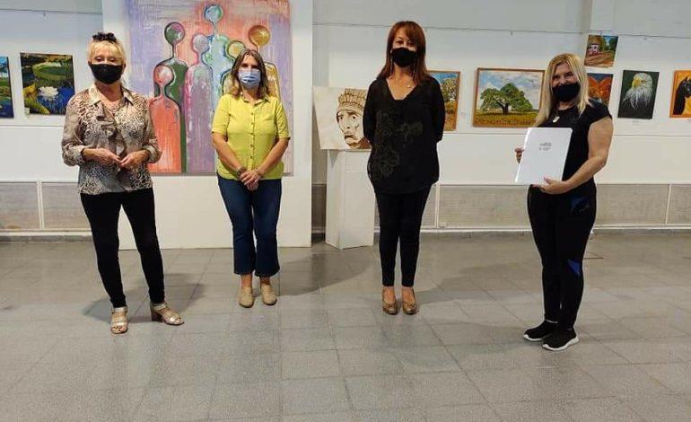 Reconocimientos en la muestra artística «Bitácora»