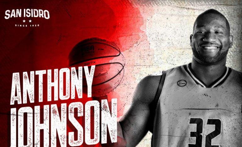 San Isidro contrató a Anthony Johnson