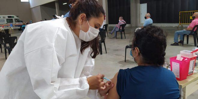 Se realizó un nuevo operativo vacunación en el Superdomo