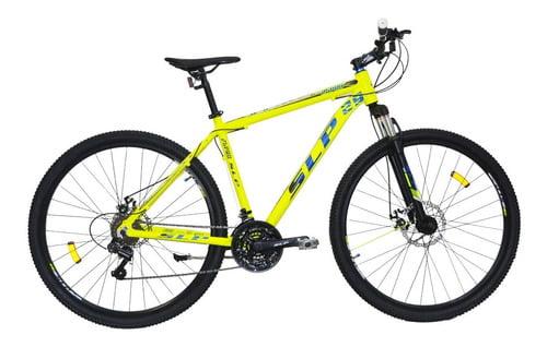 Le robaron la bicicleta en frente de su casa