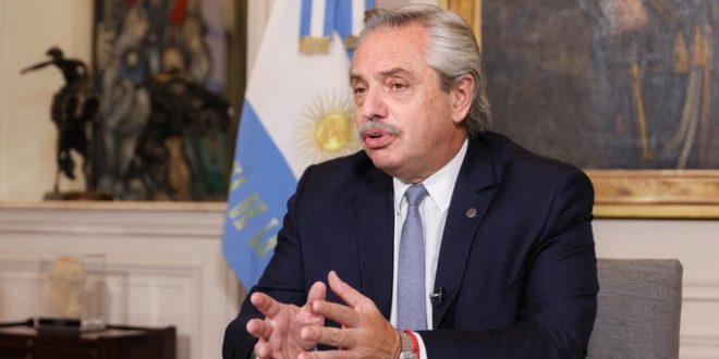 Fernández anunció proyectos de beneficios para veteranos