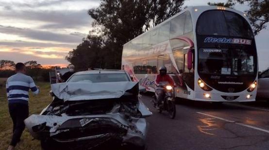Fuerte accidente en cercanías de Josefina