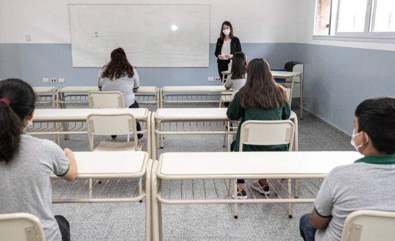 El intendente va a recibir a «Padres Organizados» por el tema de las clases presenciales