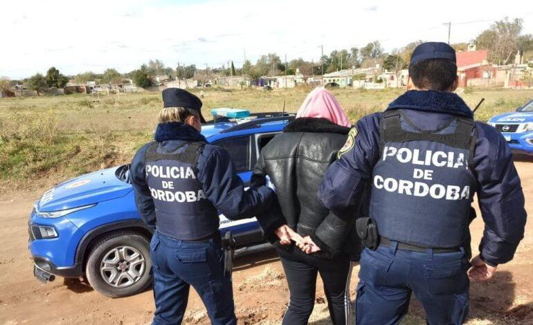 Detuvieron a una mujer que le había robado el celular a un menor