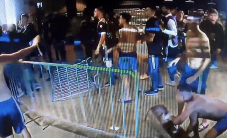 El plantel de Boca pasó la noche en Belo Horizonte y regresará a la Argentina esta tarde