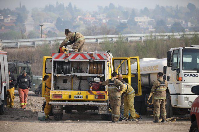 Reportan tres focos de incendios intencionales desatados en La Calera