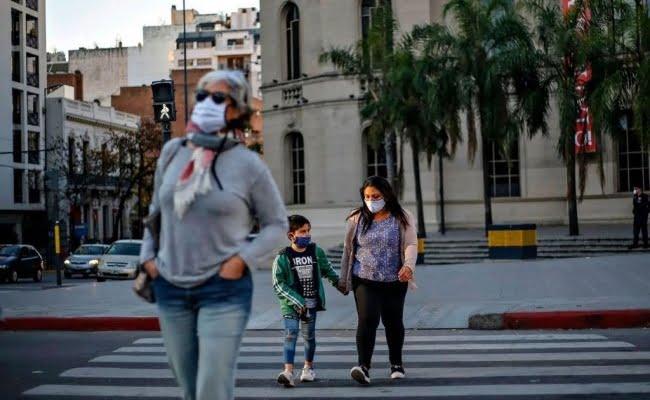 Córdoba flexibiliza más actividades a partir del lunes