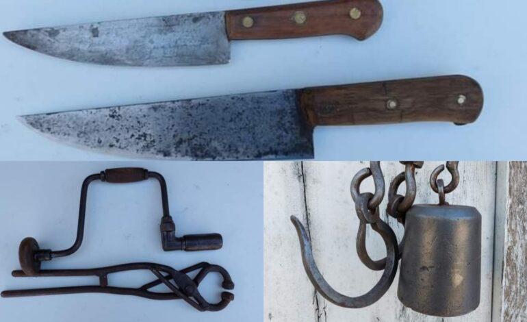 Nuevo remate con objetos de campo,cuchillos y herramientas