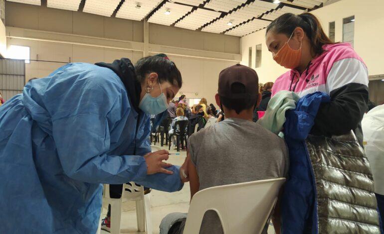 Habrán dos operativos vacunación para menores de edad