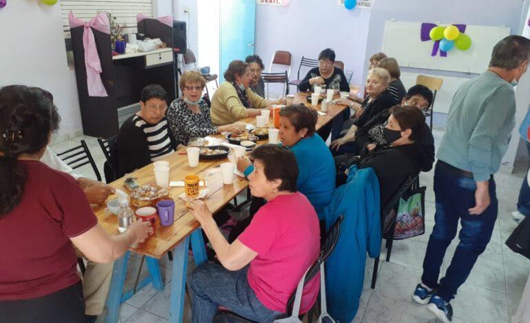 Jubilados celebraron su día con agasajos y juegos en Morteros