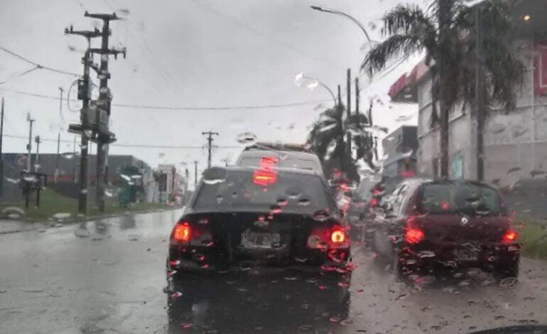Tiempo: alerta en casi toda Córdoba por tormentas y caída de granizo