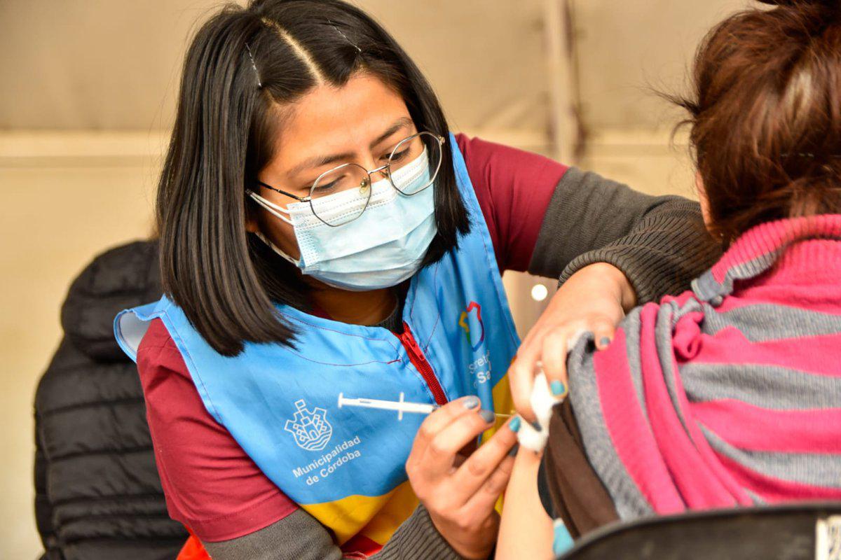 Mayores de 18 podrán completar sin turno el esquema de vacunación